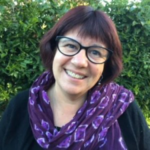 An image of Sharyn McCarthy a social worker with Therapy Pro.